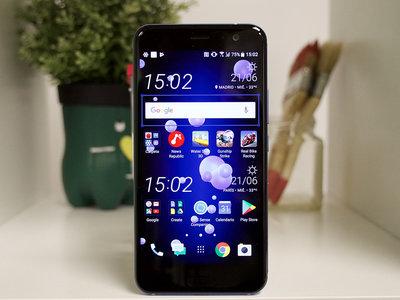 """El HTC U11 Plus será una realidad antes de fin de año, y sería el primer móvil """"sin marcos"""" del fabricante"""