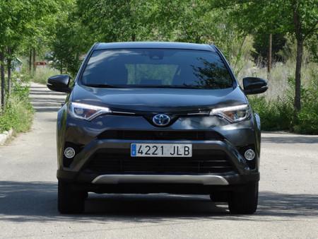 Faros Prueba Toyota Rav4 Hybrid Exteriores