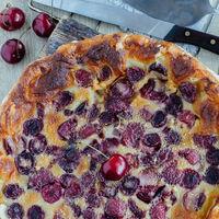 Tarta de cerezas. Receta fácil y deliciosa