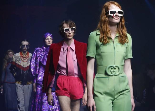 Diaryheroarticle Fashionshow Ss18 Video 001 Default