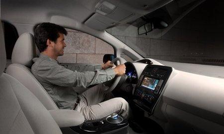 Nissan-Leaf-interior-650px
