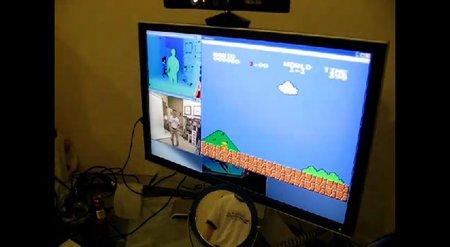 Jugando a 'Super Mario Bros.' con Kinect