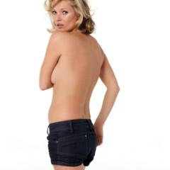 kate-moss-se-desnuda-para-el-especial-primavera-de-new-york-magazine