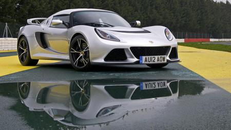 c8eea22f6c07 Lotus Exige S automático