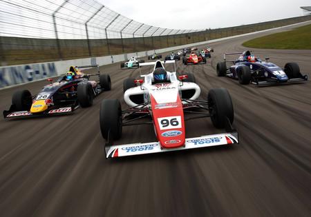 La Fórmula Ford: libertad e ingenio para los monoplazas más atrevidos