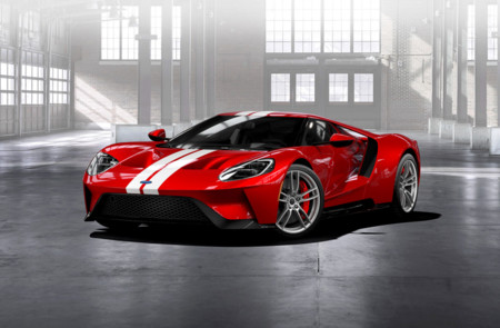Ford GT rojo