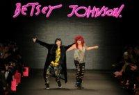Trendencias en el desfile de Betsey Johnson en la Semana de la Moda de Nueva York Otoño-Invierno 2011/2012