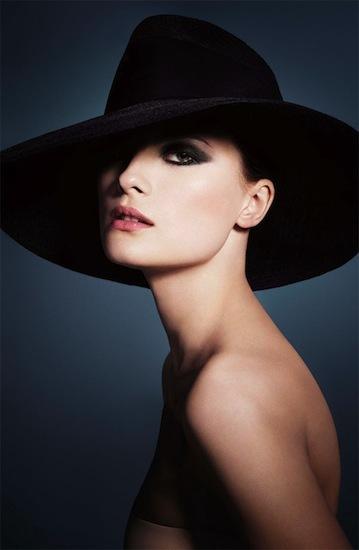 Colección otoño 2012 Easy chic de Armani: viste tu rostro con colores cálidos