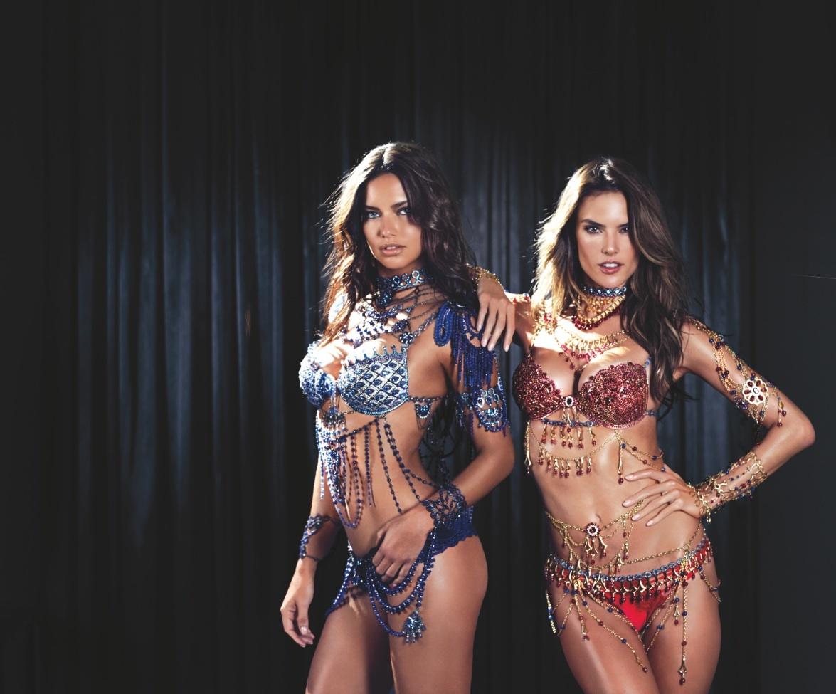 Foto de Alessandra Ambrosio y Adriana Lima Fantasy Bra (19/19)
