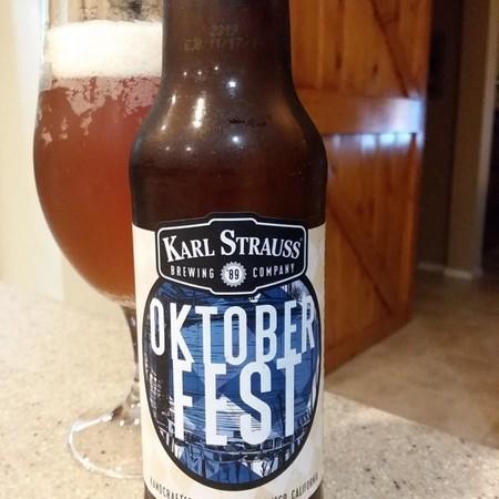 Cerveza Oktoberfest Dia Internacional