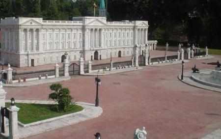Buckingham Palace en Window of the World