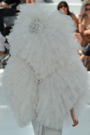 Los vestidos de novia de las colecciones de Alta Costura Invierno 2008