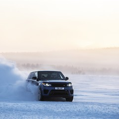 Foto 13 de 17 de la galería range-rover-sport-svr-aceleracion en Motorpasión