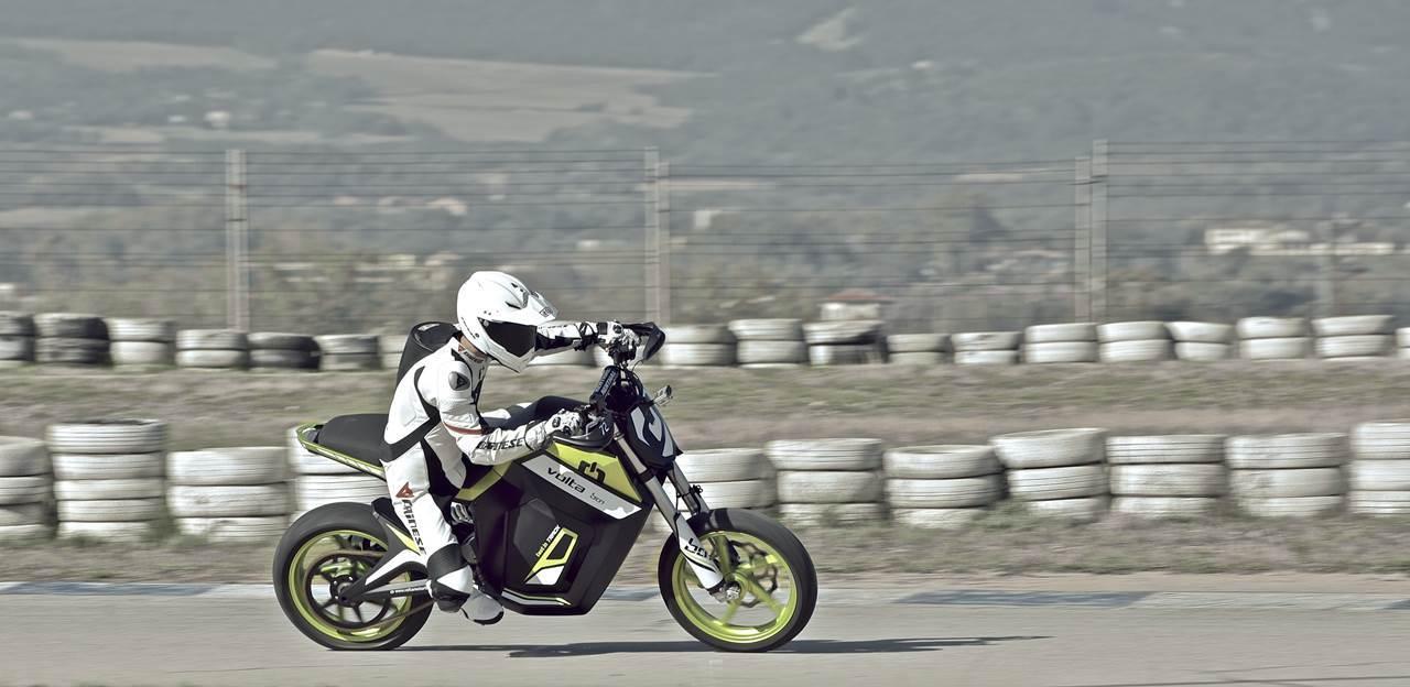 Foto de Salón de Milán 2012: Volta Motorbikes entra en la fase beta de su motocicleta - Volta BCN Track (7/28)