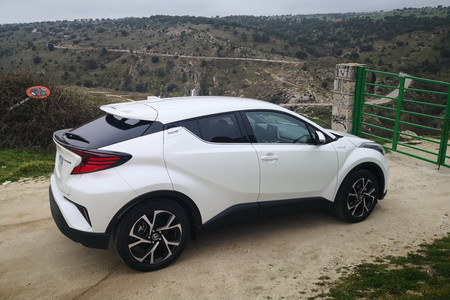 Toyota Chr 125h 2020 7