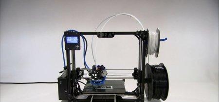 Una impresora 3D que imprime una impresora 3D