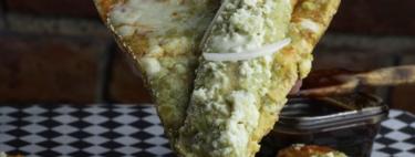 Te presentamos a la pizza-enchilada, una creación más del ingenio gastronómico mexicano