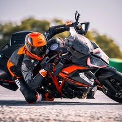 Foto 4 de 32 de la galería ktm-1290-super-duke-gt-2019-1 en Motorpasion Moto