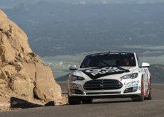 ¿Sorpresa? El Tesla Model S ya es el eléctrico más rápido de Pikes Peak