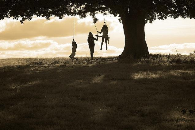 Niños en el Día del árbol