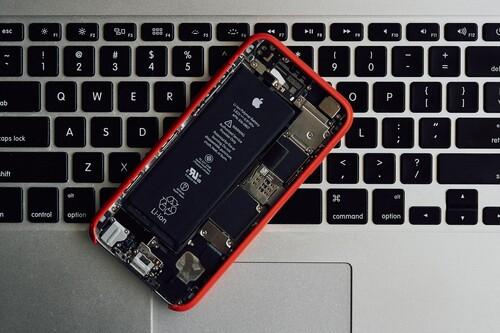 Detección de baterías hinchadas y más capacidad en el mismo espacio: Rumorsfera