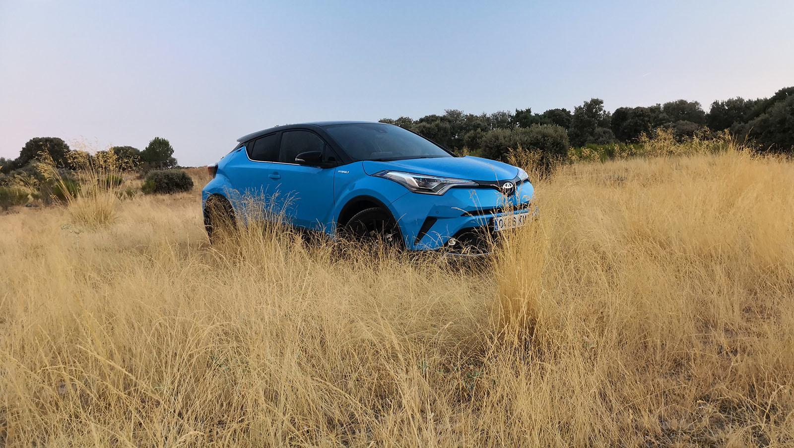 Foto de Toyota C-HR Dynamic Plus - Fotos exteriores (10/30)