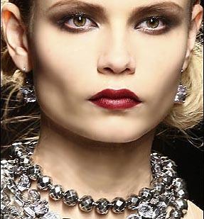 Bottega Veneta presenta a la mujer del otoño invierno 2009/2010