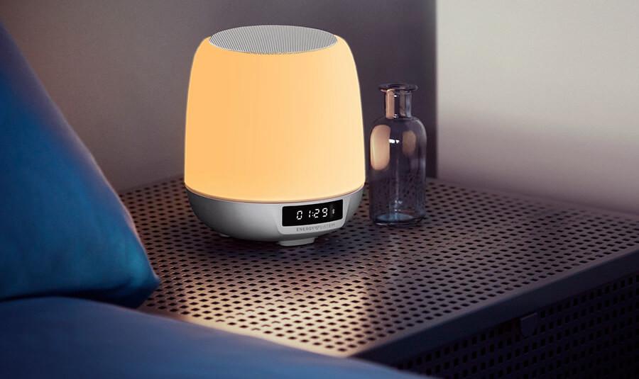 Energy Sistem Clock Speaker 3 Light: este despertador llega para para que amanezcas con luz y música ambiental