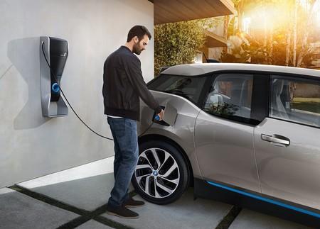 Un coche eléctrico contamina menos que uno convencional aun si su energía proviene de quemar carbón