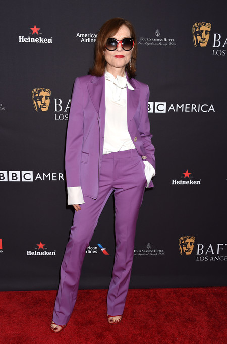tea party bafta alfombra roja Isabelle Huppert