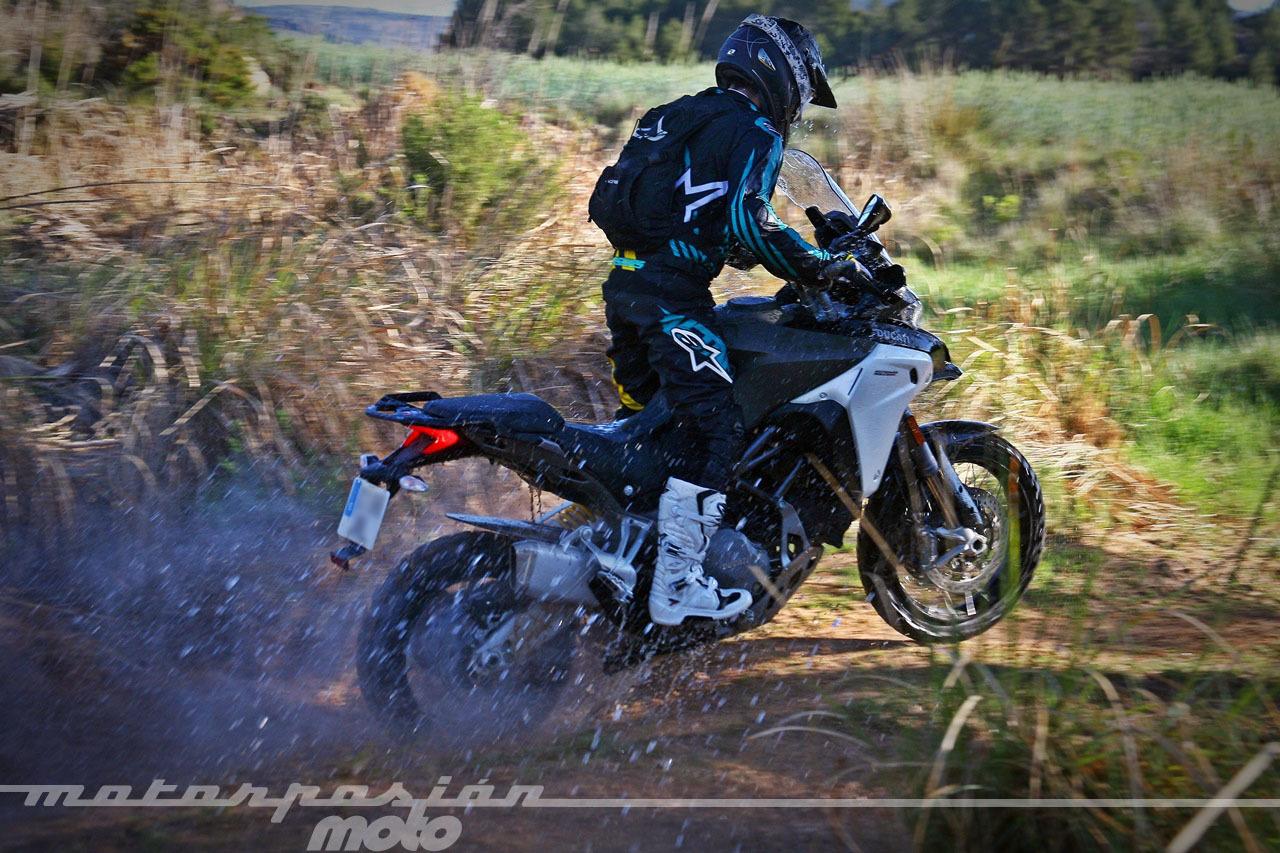 Foto de Ducati Multistrada 1200 Enduro - Acción (11/37)