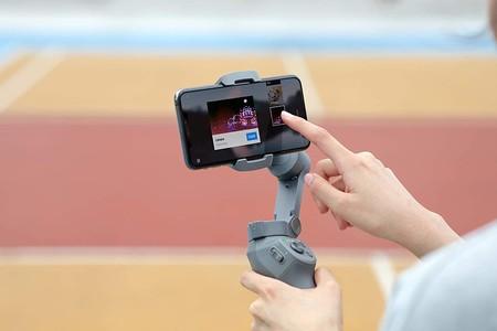 El gimbal DJI Osmo Mobile 3 está en Amazon por 79 euros, repitiendo precio mínimo: toma vídeos totalmente fluidos con el móvil