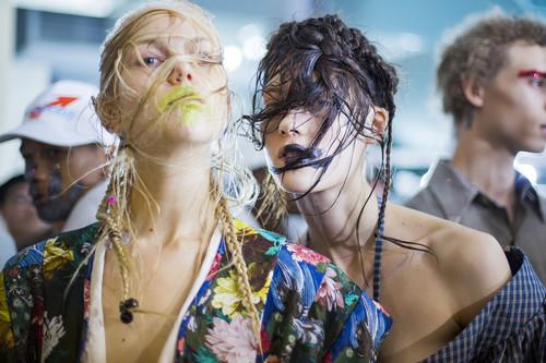 Las ¿tendencias? más locas vistas durante la Semana de la Moda de Paris