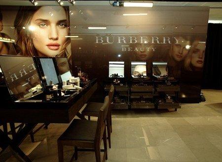 Burberry Beauty, la nueva línea de maquillaje de Burberry
