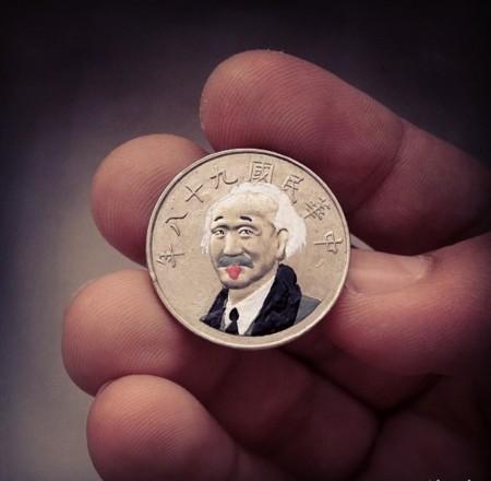 einstein moneda adre levy
