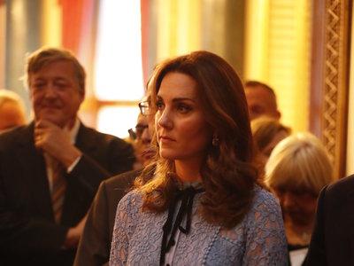 Kate Middleton reaparece después de anunciar su tercer embarazo con un look que te enamorará