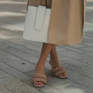 Las sandalias trenzadas de Uterqüe que más triunfan en el street style todavía están disponibles (y ahora se encuentran rebajadas)