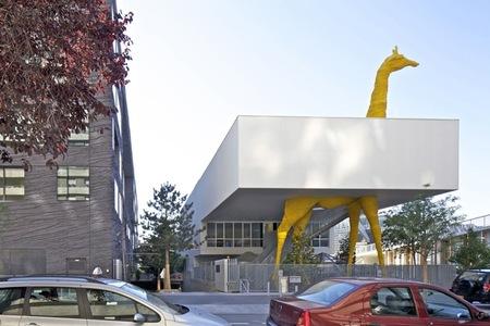 Espacios para trabajar: la guardería de la jirafa