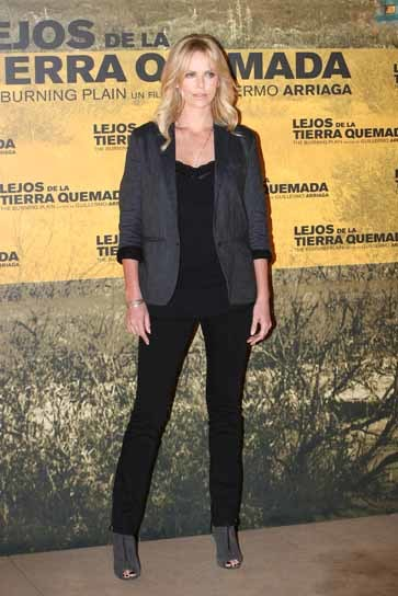El look de Charlize Theron en Madrid