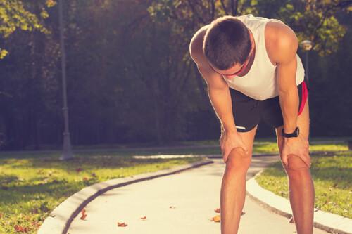 Todas las claves de alimentación y ejercicio que nos ayudarán a sentirnos menos cansados