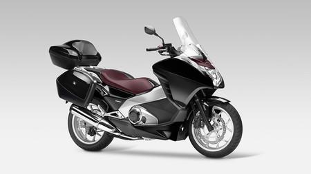 Honda Integra Touring, llega el verano para salir de viaje