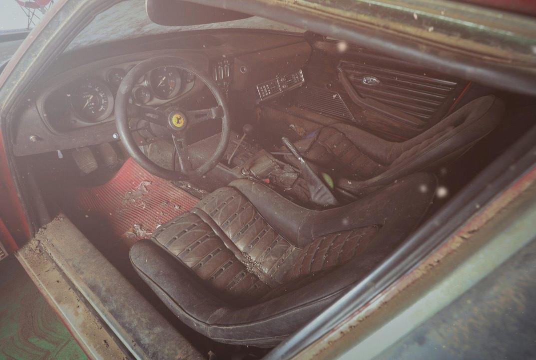 Foto de Ferrari 365 GB4/4 Daytona Berlinetta Alloy by Scaglietti (10/28)