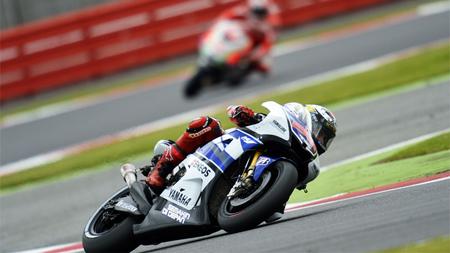 MotoGP Gran Bretaña 2012: un placer de carrera en la que Jorge Lorenzo consolida la base del título