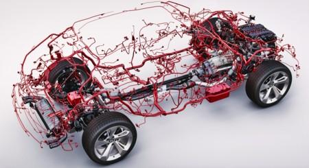 Así es el rompecabezas de los 50 kg de cableado en un Bentley Bentayga