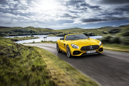 Mercedes Amg Gt S Roadster 2019 001