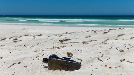 Se recupera una botella tirada al mar con un mensaje de hace 132 años