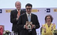 Interior deniega la acreditación al fotoperiodista Pedro Armestre, que recibía hace poco el Premio de Periodismo 'Rey de España'