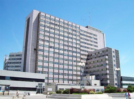 Encuentran los embriones de 172 parejas a temperatura ambiente en el Hospital de La Paz