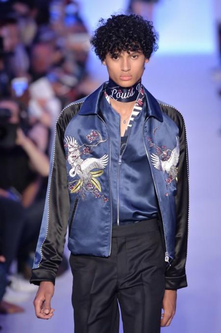 Adelántate a la primavera con esta chaqueta de Louis Vuitton... que puedes comprar en Bershka