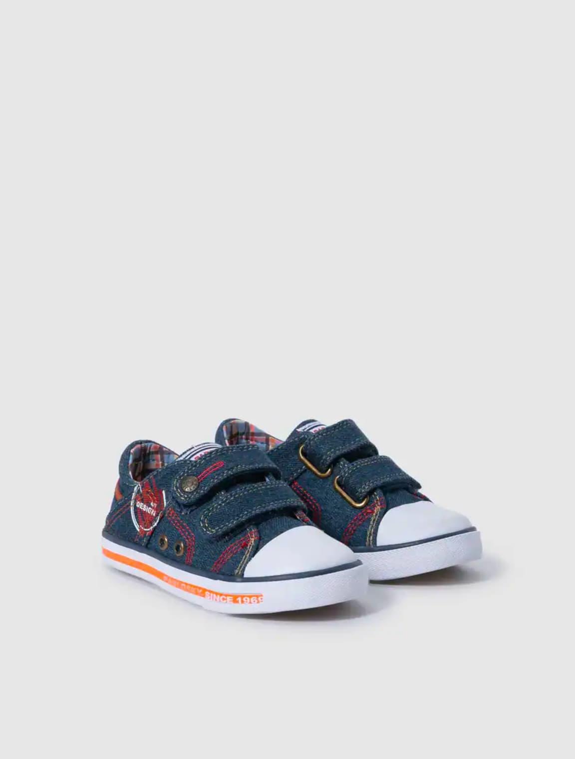 Zapatillas de lona de niño Pablosky en azul con doble cierre adhrente